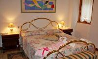 Bedroom sm.jpg