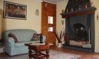 Livingroom sm.jpg